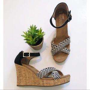 Toms Black White Boho Sandal Wedges